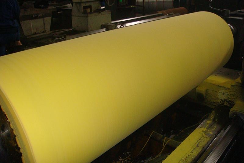 造纸辊运输过程中的固定方法
